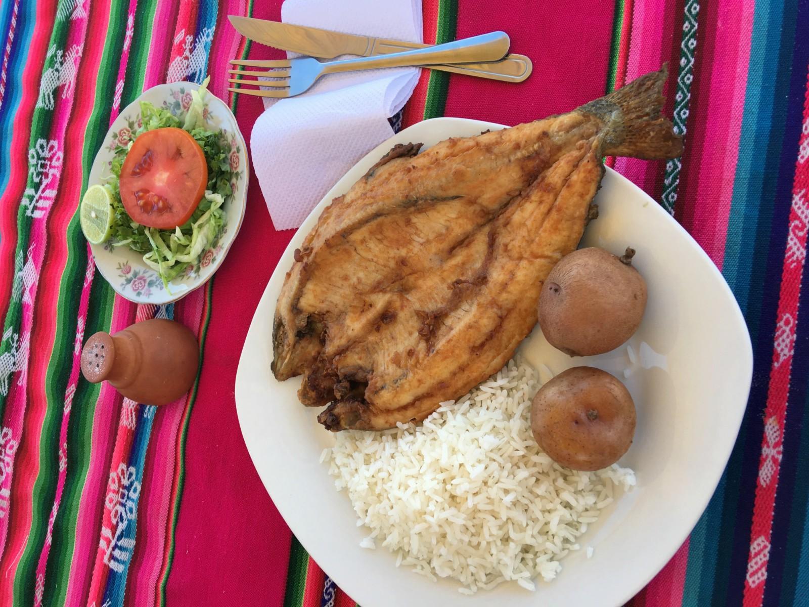 titicaca troucha fritta kuchyna peru