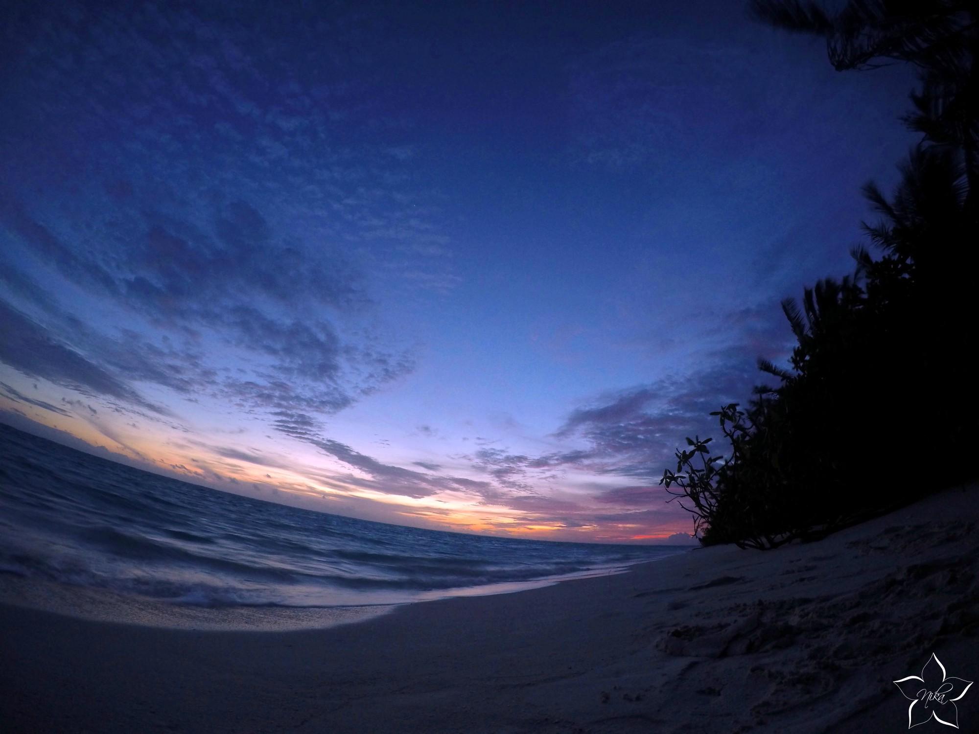 zapad slnka maldivy