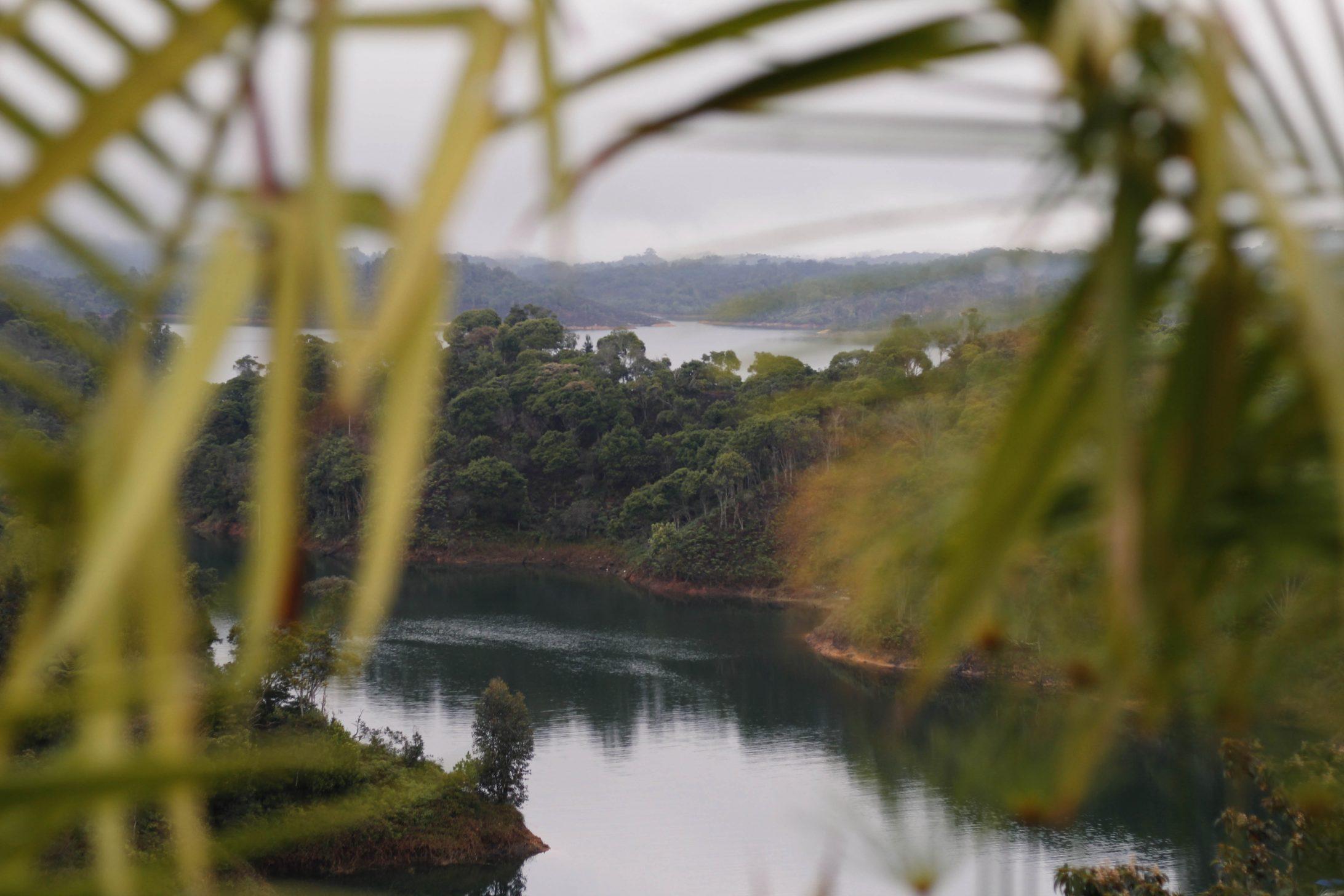Výlet z Medellínu do Guatape, mesta tisícich jazier