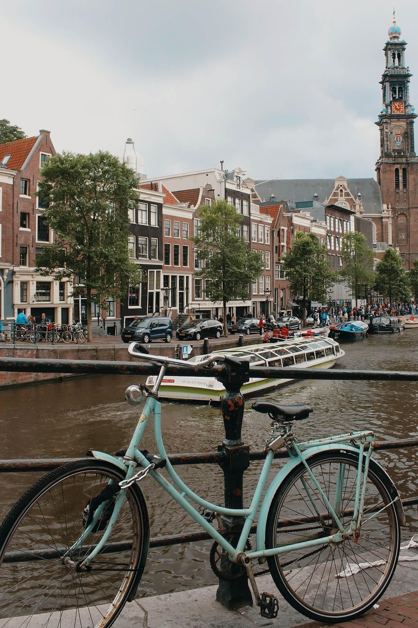 Jazda na bicykloch v Amsterdame